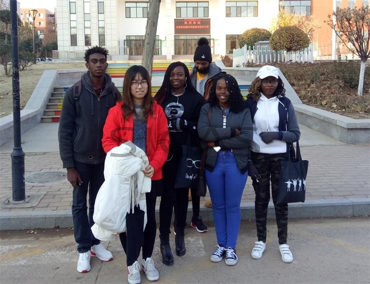Group Indian Students To Study In China